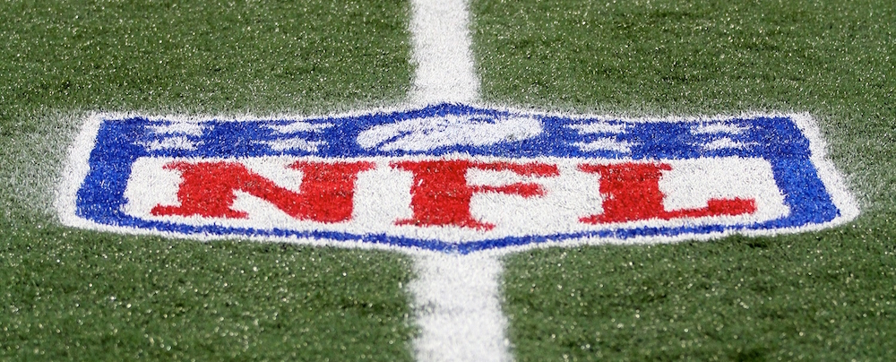 Nfl Stadiums Artificial Turf Or Natural Grass