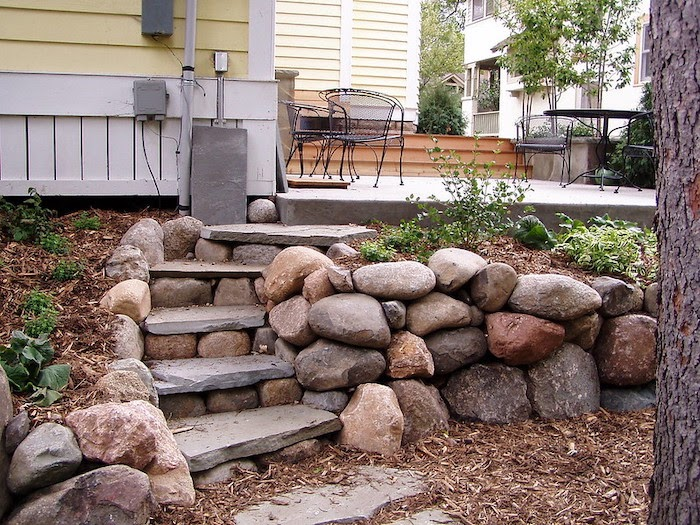 21 Practical Retaining Wall Ideas For, How To Build A Natural Stone Garden Wall